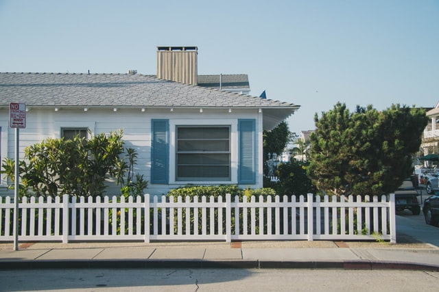 8 Tips for Choosing the Best Fence Contractor